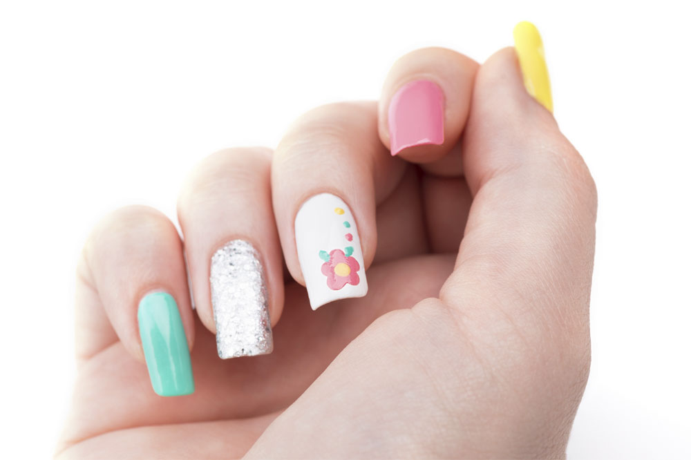 What Kind Of Manicure To Choose - Best Pros In Town