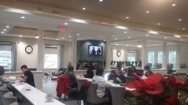 Best Nail Salons in Cincinnati, OH - BestProsInTown.com